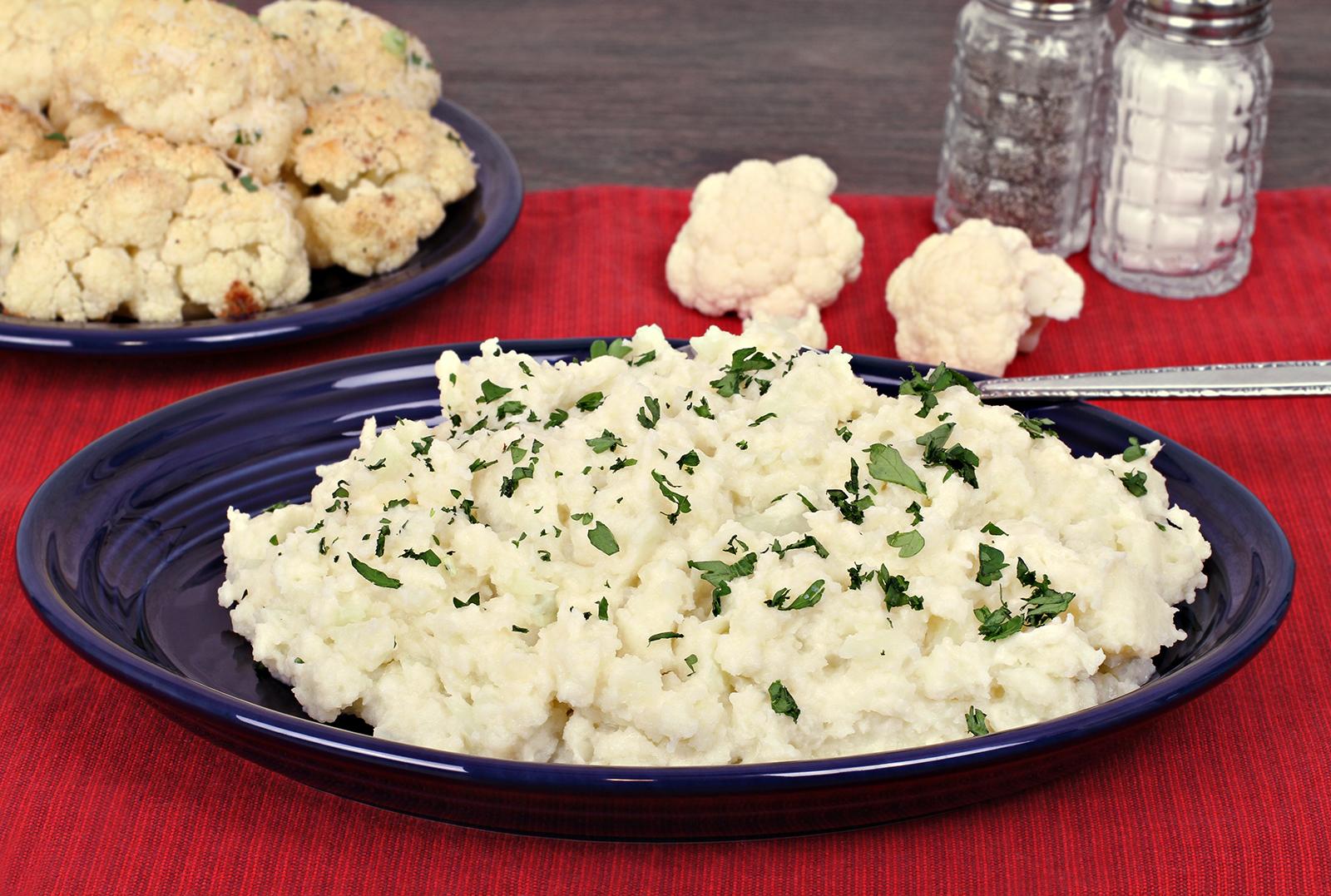 nyers vegán krumplipüré karfiolból