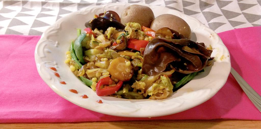 Fafülgombás, zöldséges bulgur egytálétel - vegán recept